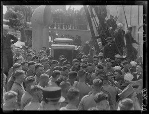 1919. Начало года. Сан-Франциско.Перед отправлением американцы исполняют национальный гимн