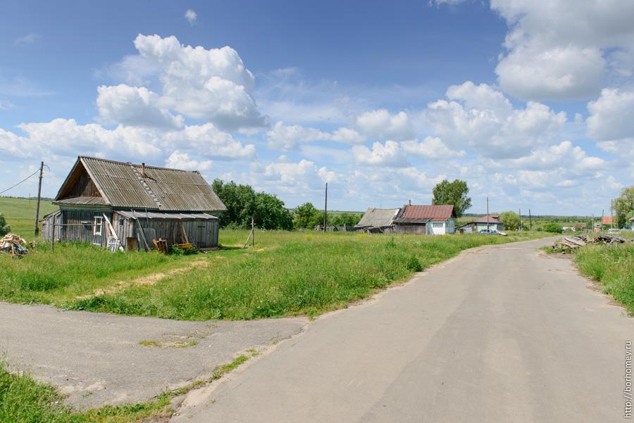 дом в селе трудовом