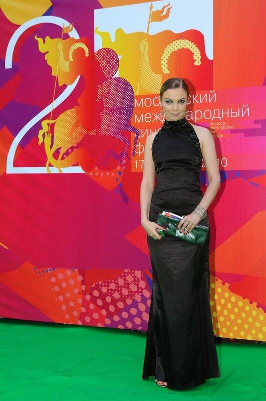 http://img-fotki.yandex.ru/get/9165/19735401.e7/0_82c0e_2ea82659_XL.jpg