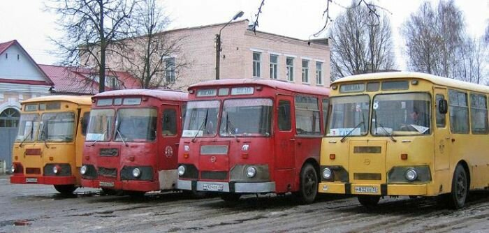 ЛиАЗ - история отечественного автобуса :: Социальная сеть ...