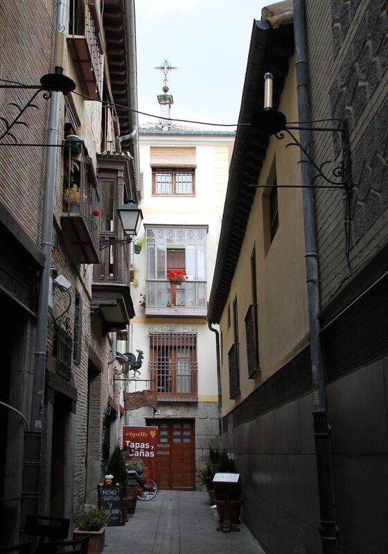 Толедо. Улицы Санта-Исабель