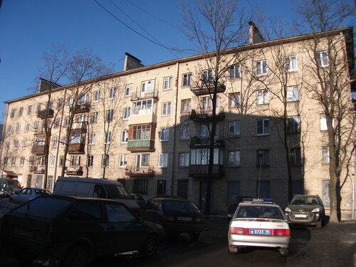 Фарфоровская ул. 12