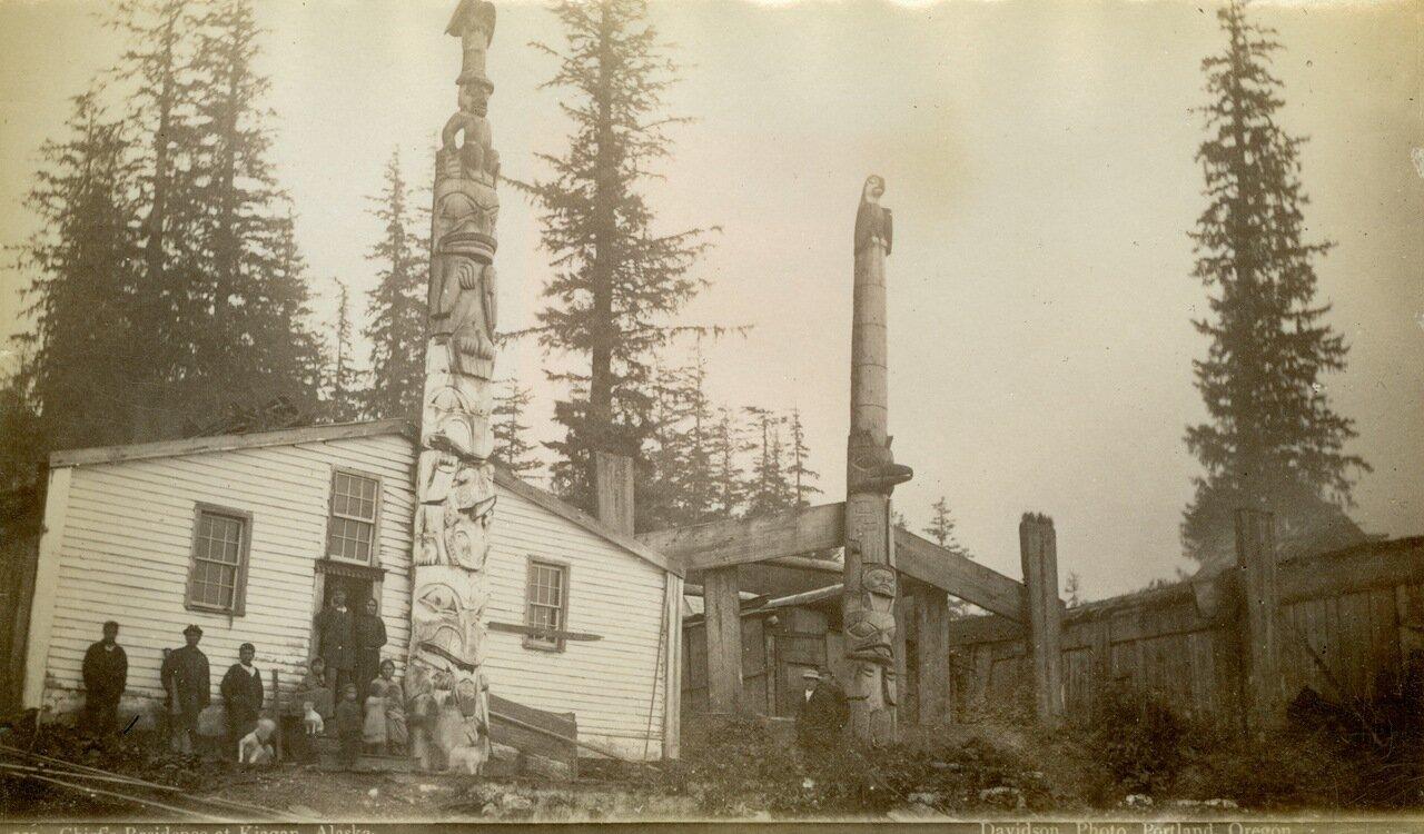 1883. Дом вождя в Кигане