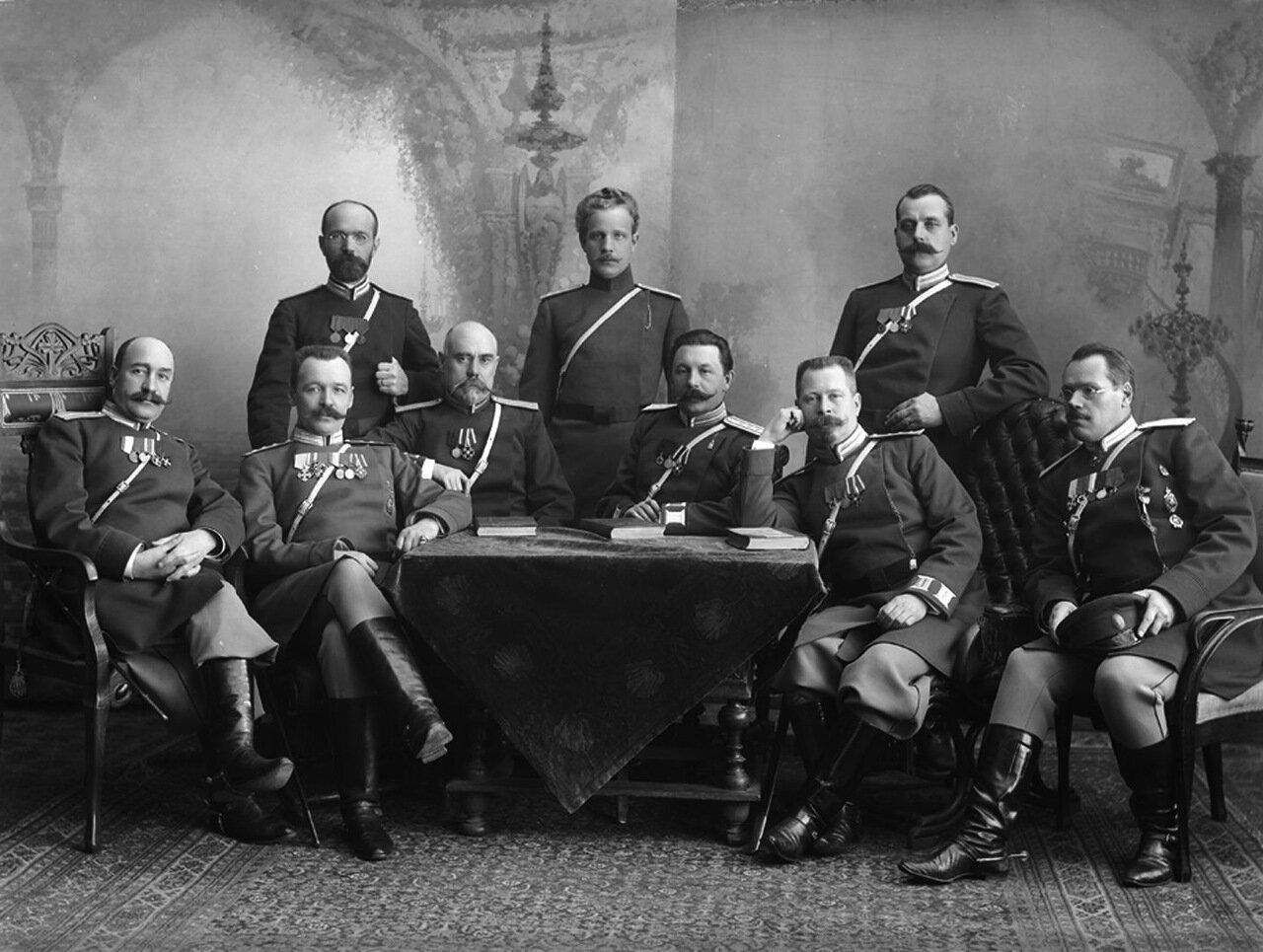 Группа нижегородских приставов с полицмейстером Балабановым