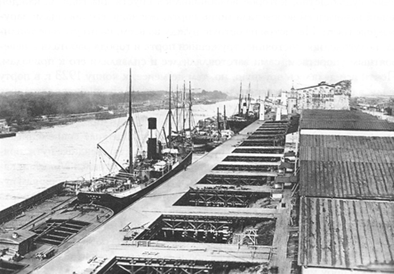 1913. Морской канал