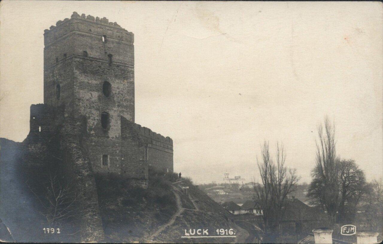 Развалины замка. 1916