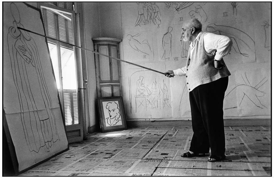 Robert Capa, Henri Matisse in his studio. France (1949)