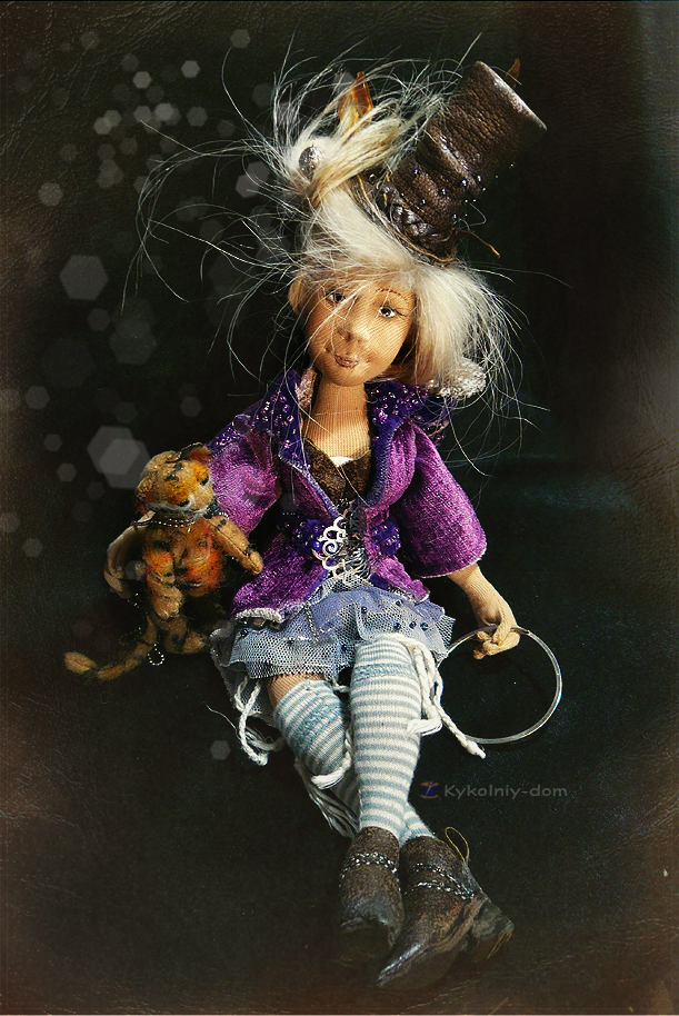 текстильная шарнирная кукла Мирра и Тигрюля. Circus lover. текстильная шарнирная кукла.Портретная кукла по фото. Кукла с портретным сходством. Объёмное портретное лицо.