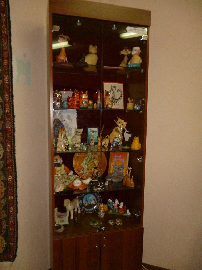 Стенд с игрушками (16.01.2014)