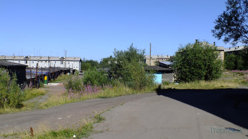 Фото города Инта №5511  Спортивная 110, 87, 81 и Восточная 84 06.08.2013_13:30