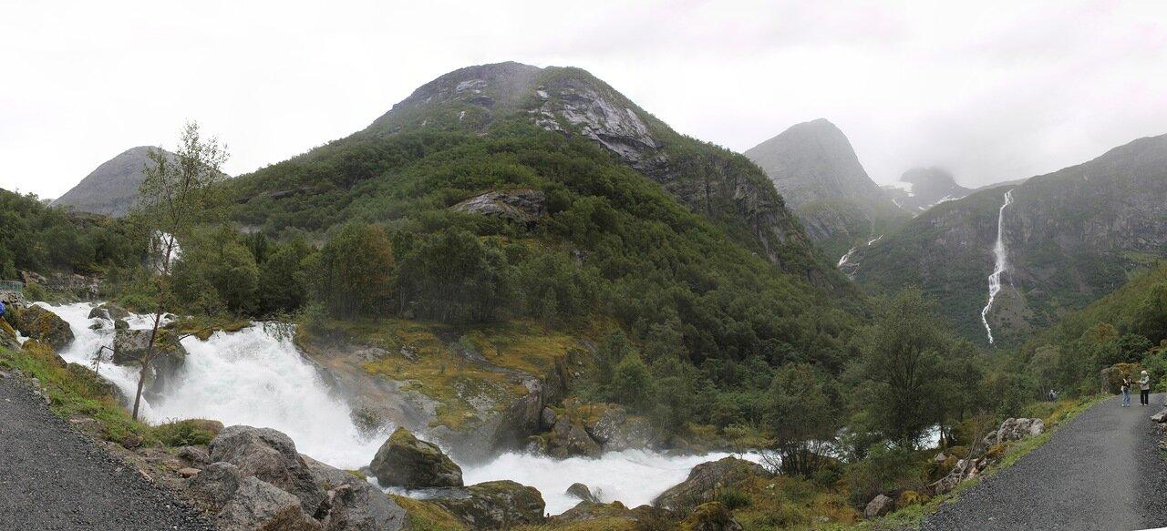 Прогулка к Леднику Бриксдалсбреен. Walking tour to Briksdalsbreen glacier, panorama
