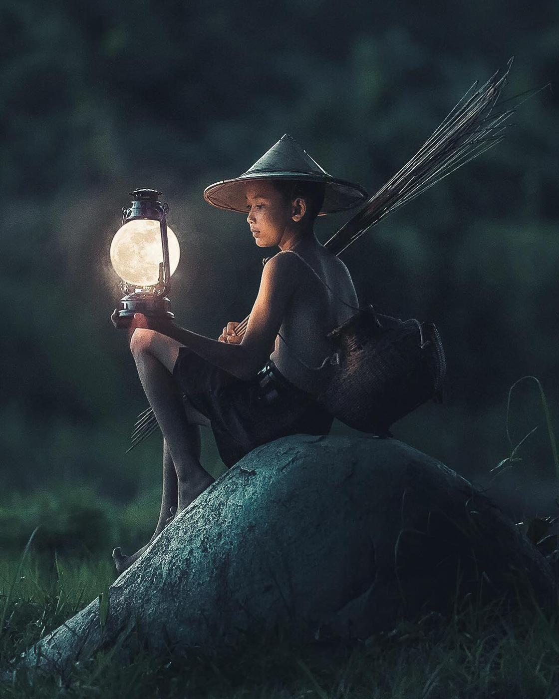 Immerse yourself in the surreal and poetic world of Justin Peters
