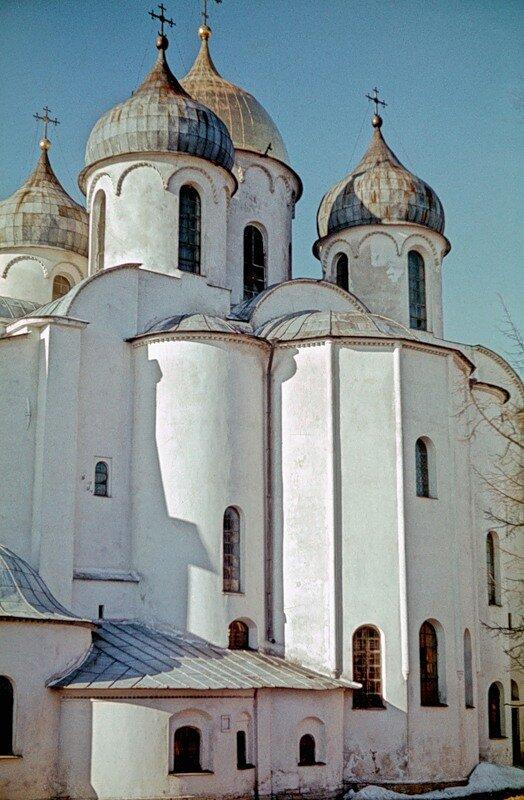 Восточный фасад Софии Новгородской.