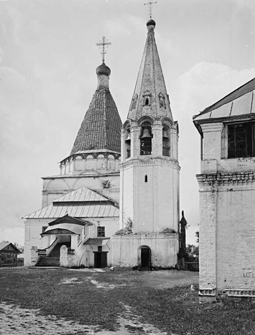 Общий вид Никольской церкви. 1894 г. г. Балахна