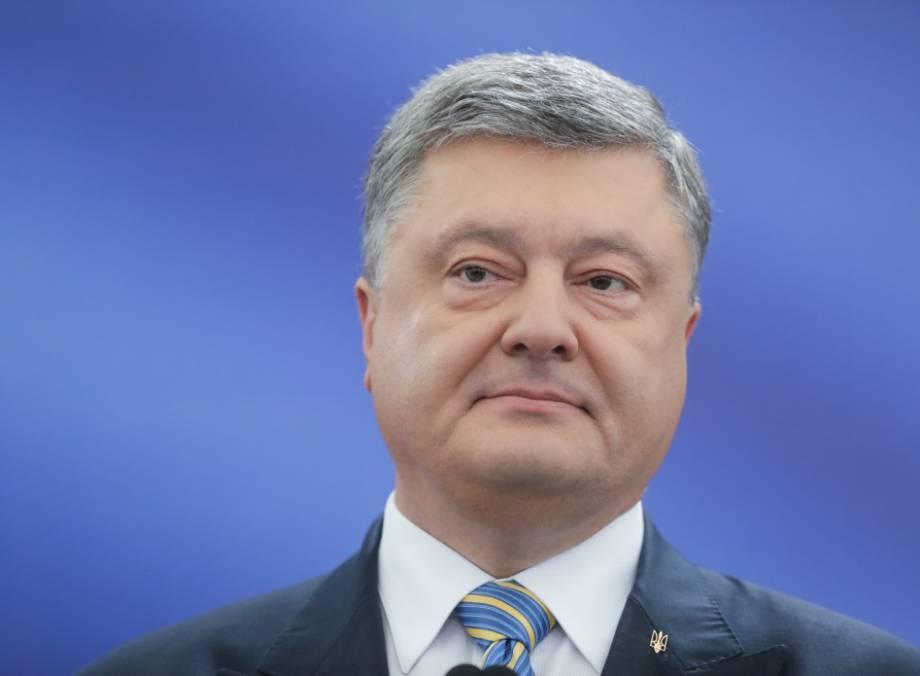 Это решительный сигнал солидарной поддержки Украины, - Порошенко об ужесточении Сенатом США санкций против РФ