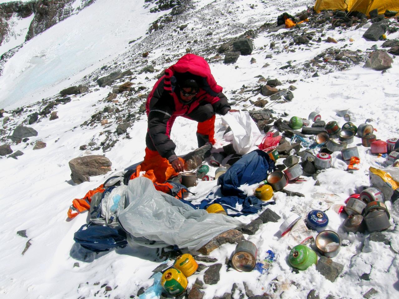 Эверест превращается в гору мусора: masterok — LiveJournal