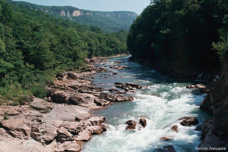 Отдых в горах - водопады Руфабго