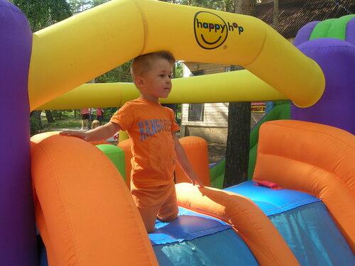 На берегу – развлечения и для детей…  (07.08.2013)