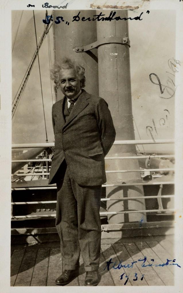 В 1933 Эйнштейн отправился в США.