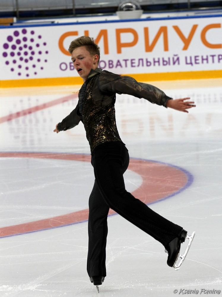 Александр Петров 0_c67bd_37832202_orig