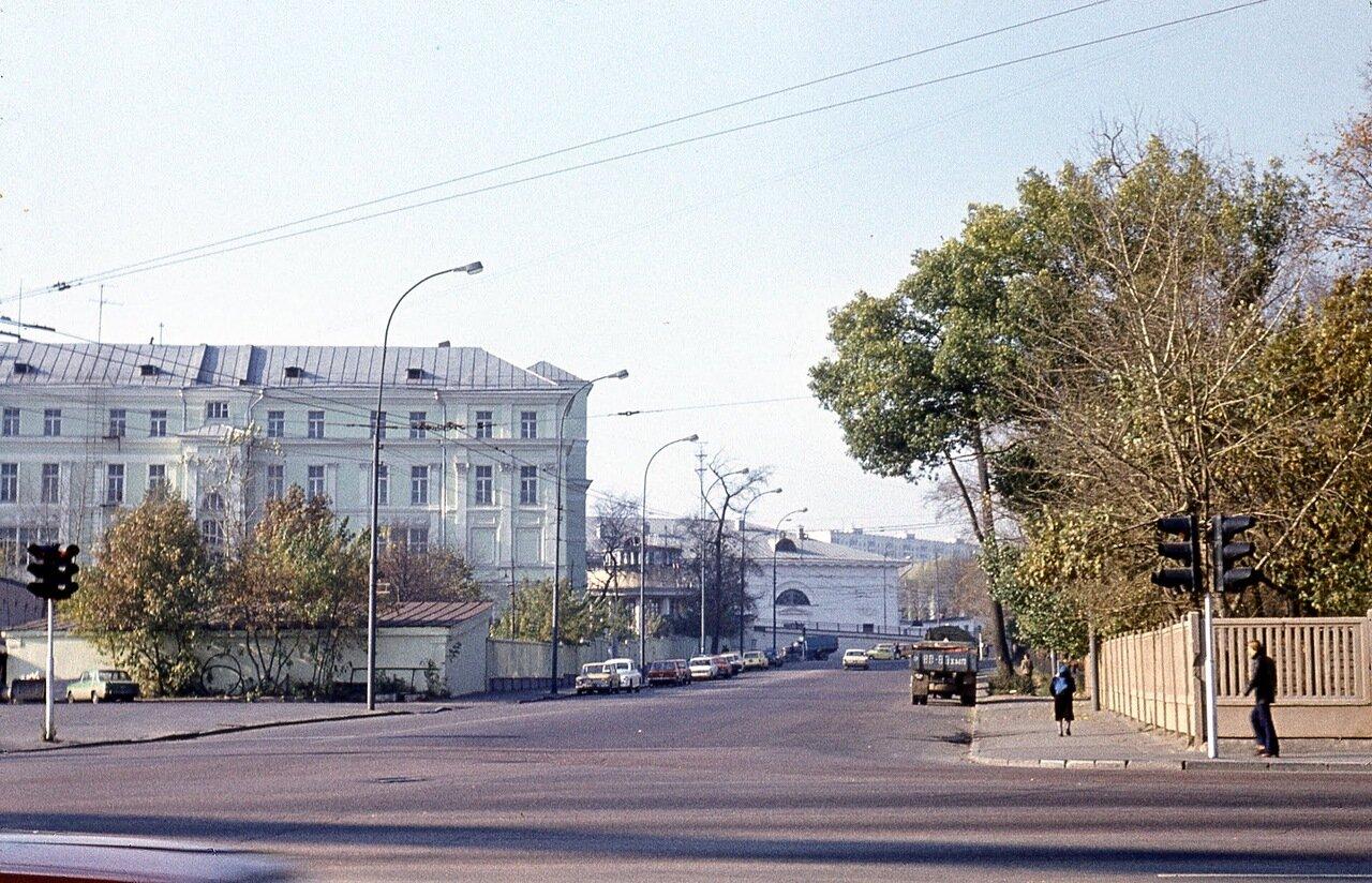 Москва. ИМО на ул. Казакова