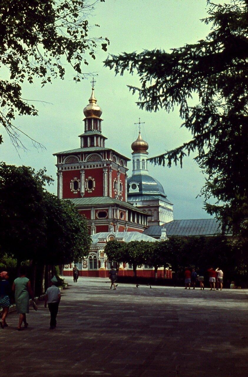 5. Надвратная церковь