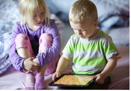 В США больше трети детей владеют планшетами раньше чем начинают говорить