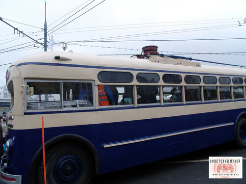trolleybus-2.jpg