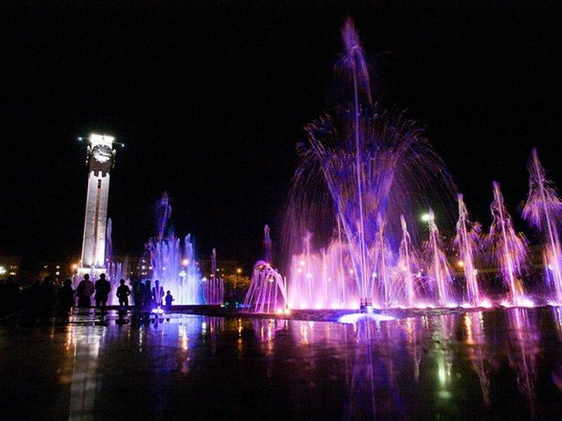 Поющие фонтаны (24.07.2013)
