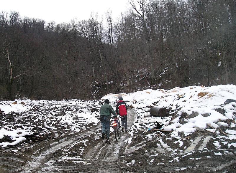 Фото 5. Дорога к Холодному ручью
