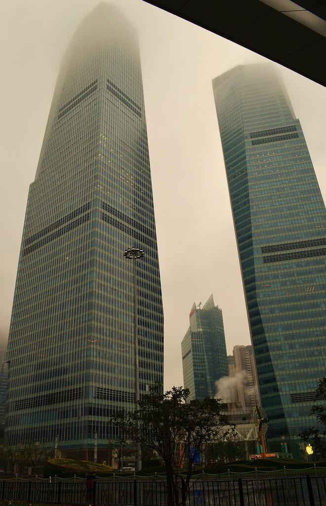 Фото 1. Отдых в Китае. Достопримечательности. Небоскребы в районе Пудун в Шанхае. Все фото в отчете сняты на любительскую зеркальную камеру Nikon D5100 KIT 18-55mm F/3.5-5.6.