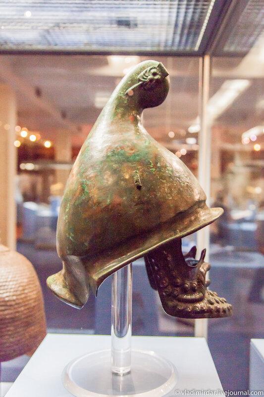Фракийский боевой шлем