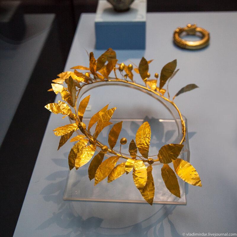Золотой фракийский венок
