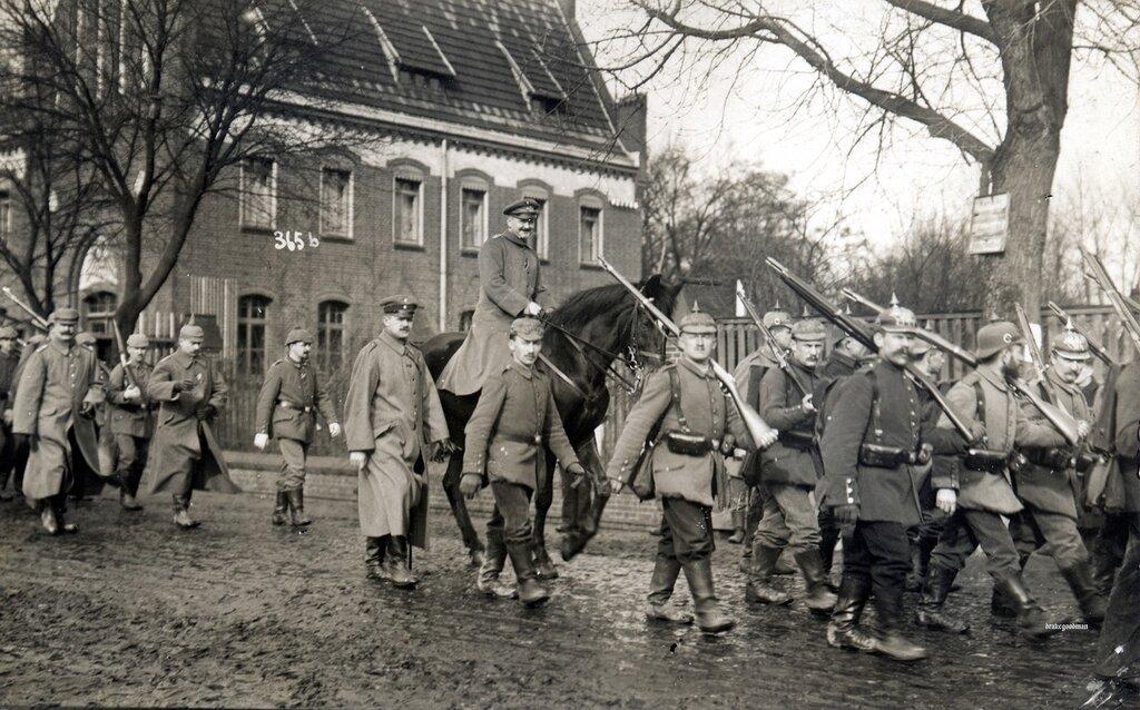 Landwehr on the move, Juterbog