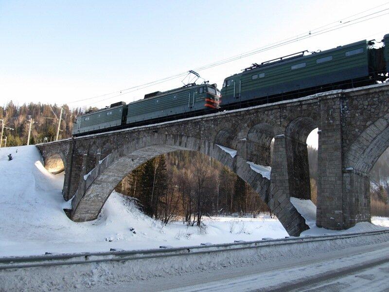 Мост был построен в самые короткие сроки (11.07.2013)