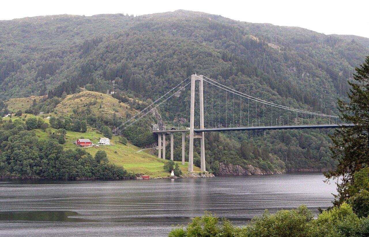 Мост Остерёйбруа. Osterøybrua