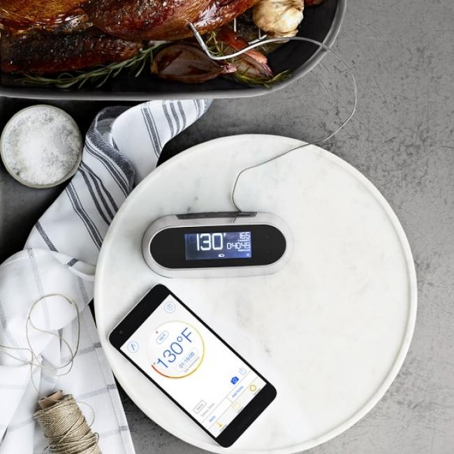 © williams-sonoma     Этот прибор спомощью ультразвука определяет температуру приготовля