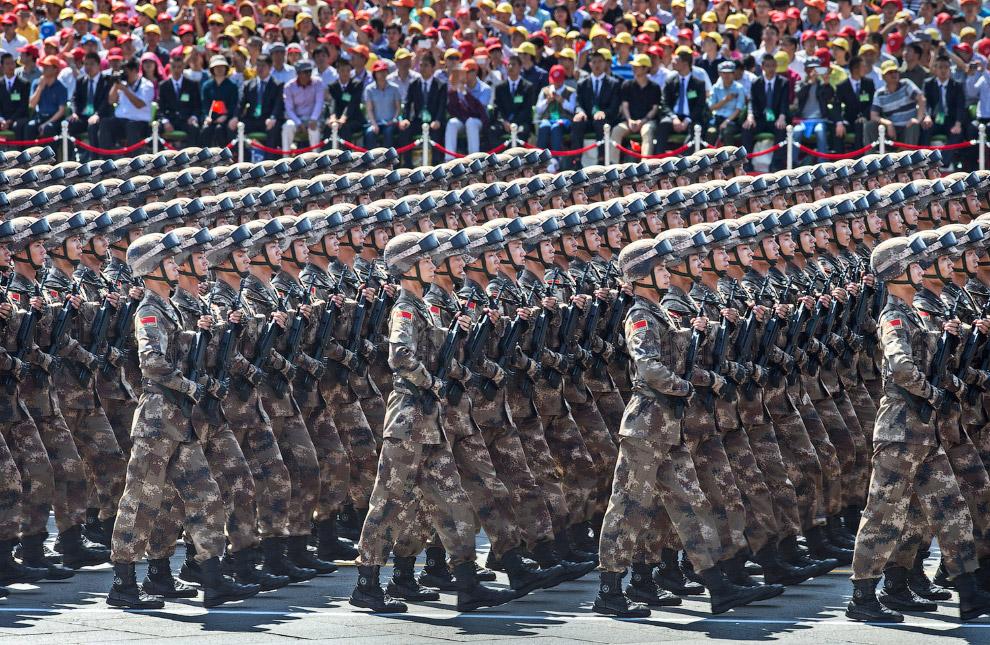 3. Военный оркестр. (Фото Damir Sagolj | Reuters):