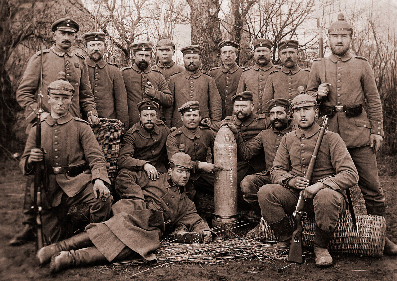 Солдаты 1 го Артиллерийский полка.