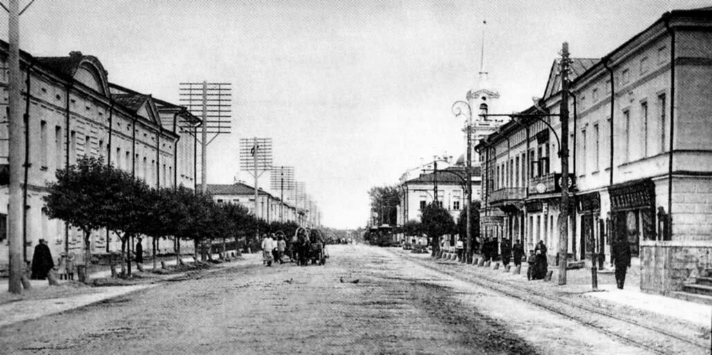 Миллионная улица в сторону Судебной площади. 1900