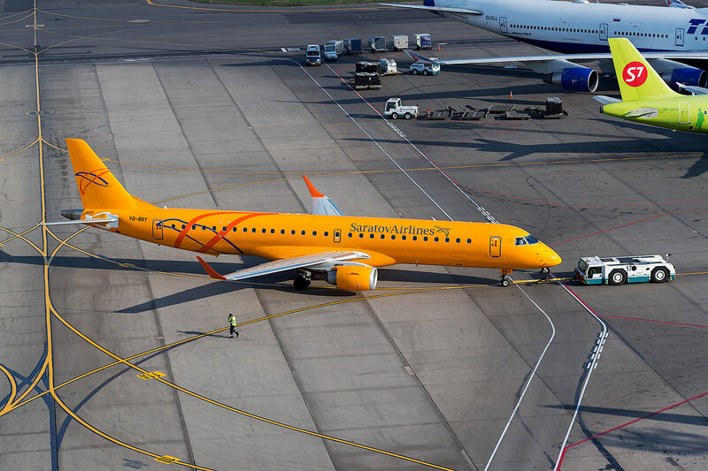 Embraer 190-200IGW (VQ-BRY) Саратовские Авиалинии D804656