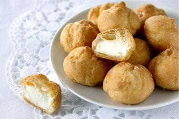 Заварные пирожные с кремом в карамели