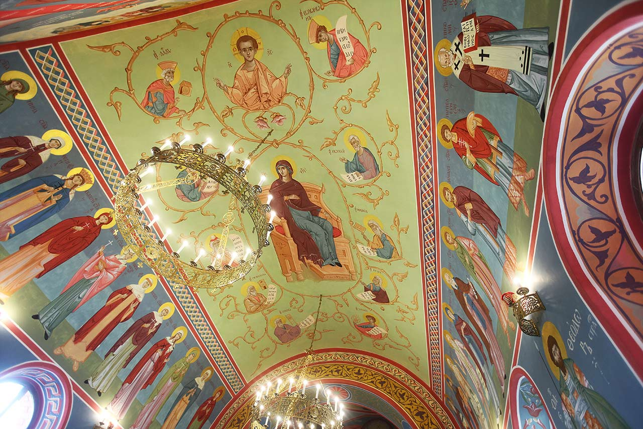 Роспись куполов и стен (21.05.2014)