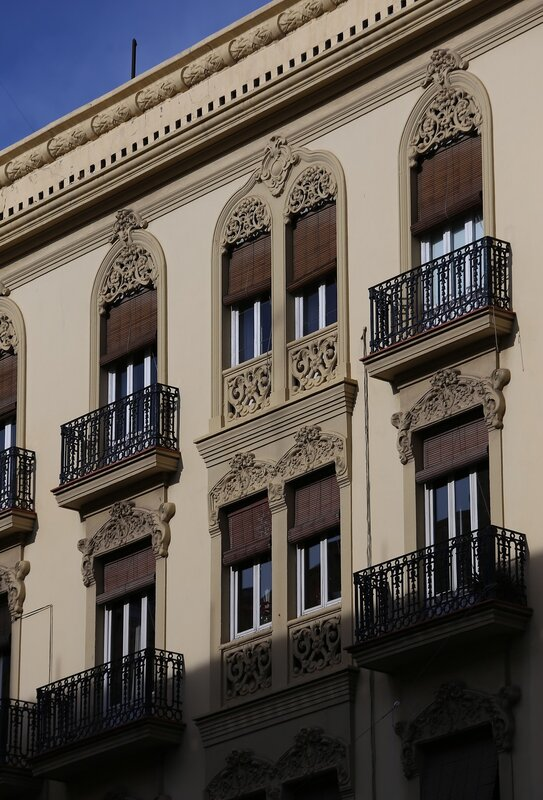 Valencia.  Валенсия.  Plaza de Alfonso el Magnánimo