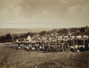 Солдаты и офицеры 2-й батареи ( генерал-адъютанта Баранцева) Лейб-гвардии 1-й Артиллерийской бригады на биваке.
