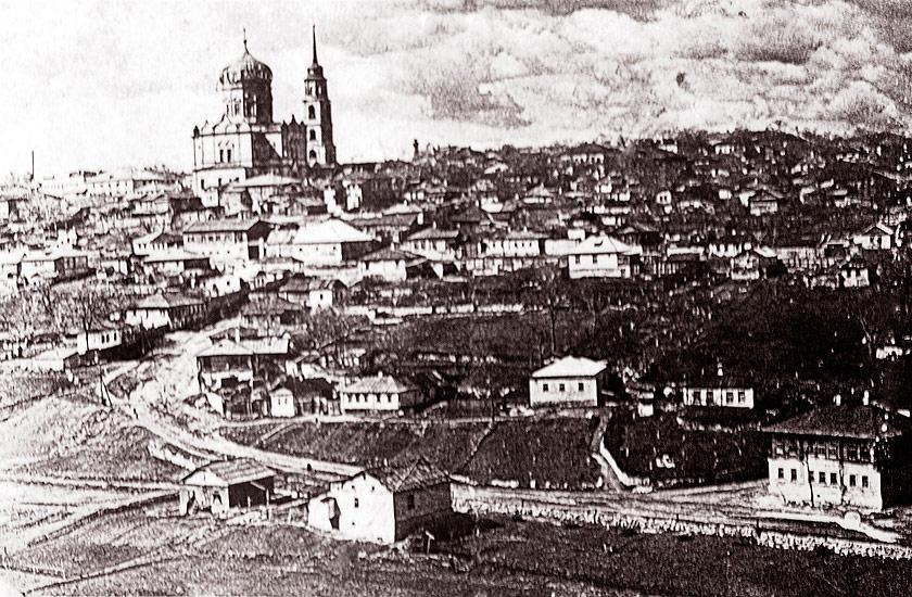 Вид на Покровскую церковь с Ламской слободы