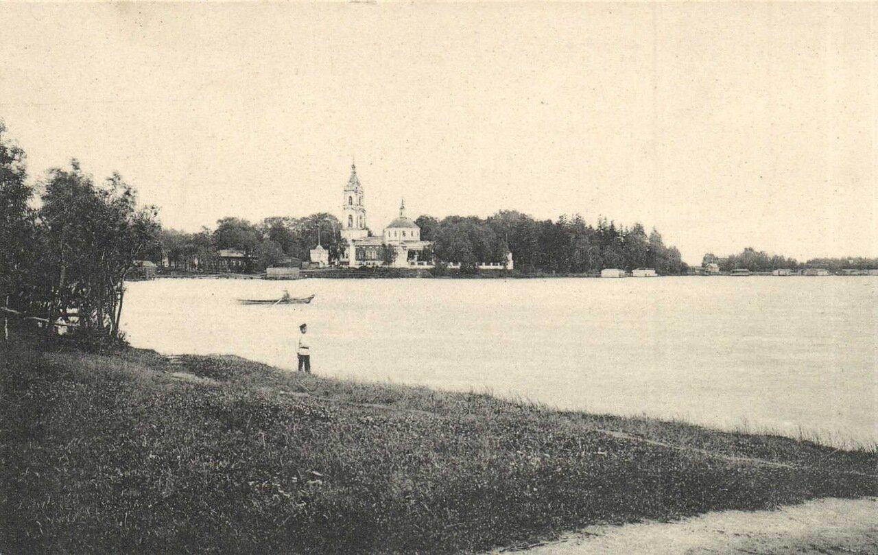 Окрестности Москвы. Святое озеро в селе Косино