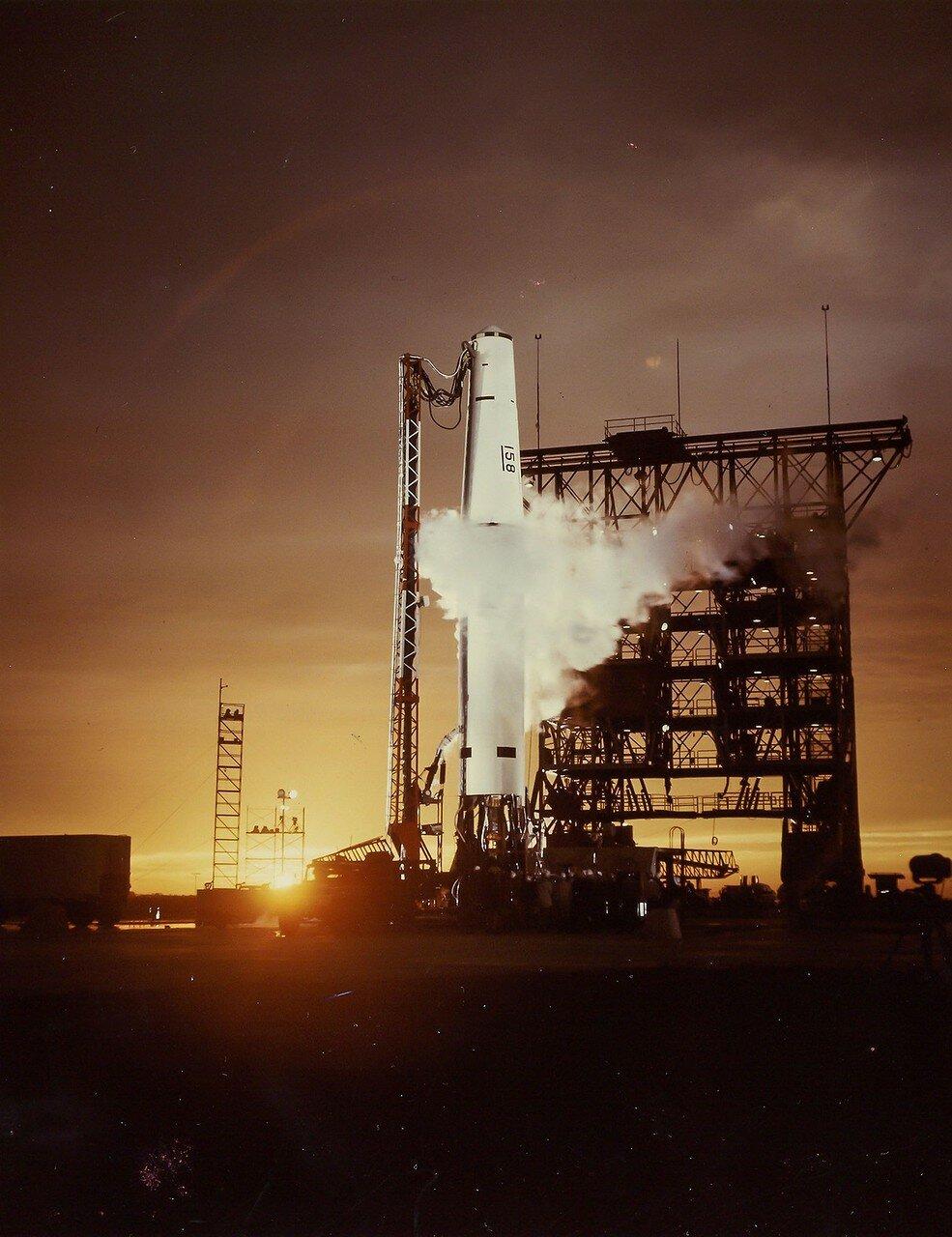 14. 1959, март. Запуск ракеты «Минитмен-миссайл» на мысе Канаверал