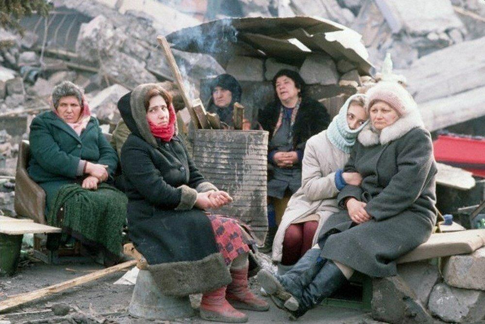 1988. Армения. Бездомные после землетрясения