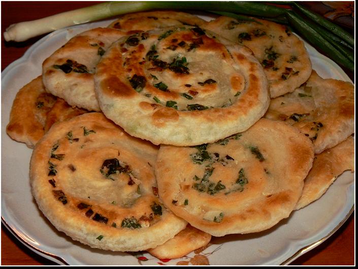 Катлама Узбекские луковые лепёшки фото рецепт